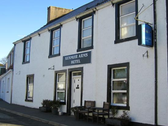 Kenmuir Arms Hotel : Front of hotel
