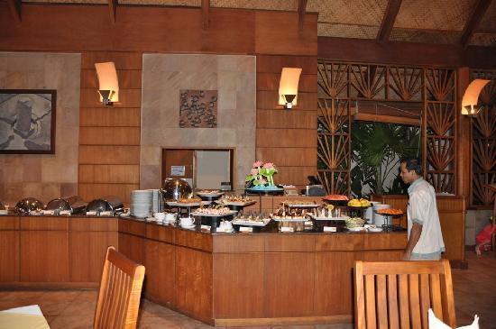 كوراماتي آيلاند ريزورت: Farivalhu restaurant