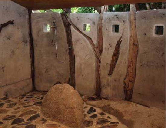 Tanote Villa Hill: Garden Villa Bathroom