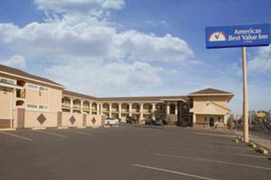 Americas Best Value Inn-Marysville: Exterior