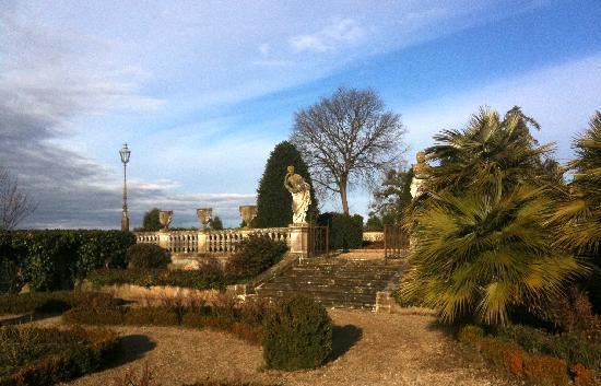 Villa Pasini: The Grounds