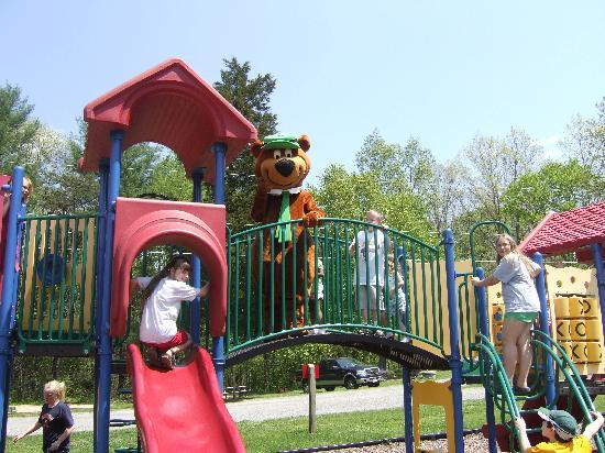 Yogi Bear's Jellystone Park at Natural Bridge: Fun with Yogi at the Playground