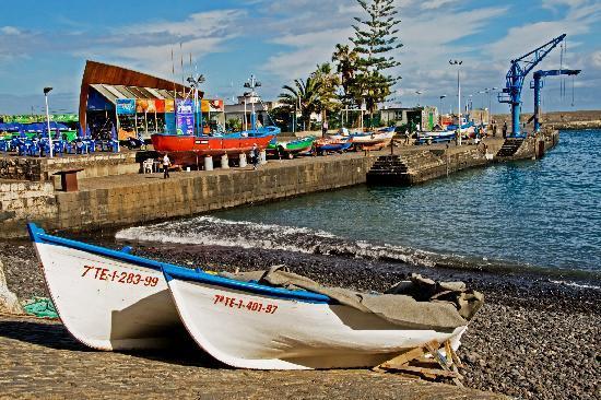 Hotel El Tope: Puerto de la Cruz Harbour