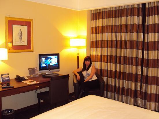 Hotel Capannelle: 10.- Hotel Domina Campannelle Roma: la habitación