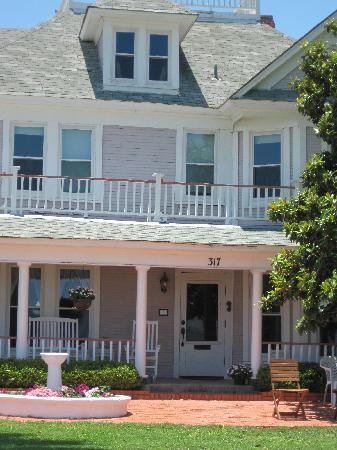 The Peaceful Pelican Bed & Breakfast : THE PLACE FOR YOU