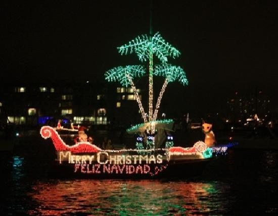 Annual Marina del Rey Holiday Boat Parade Takes Place the 2nd Saturday in December