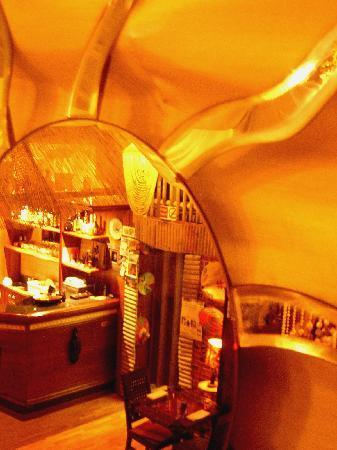 Il bar visto dal sole
