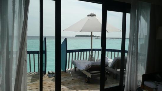 COMO Cocoa Island: patio dohoni