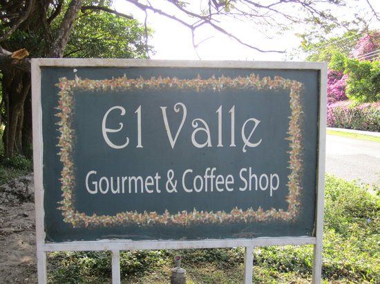 El Valle Gourmet&Coffee Shop: Sign at front
