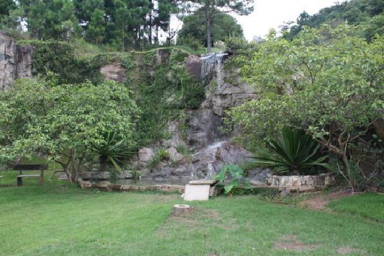 Pousada Oceanomare: cachoeira dia