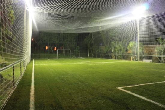 Pousada Oceanomare: quadra de futebol