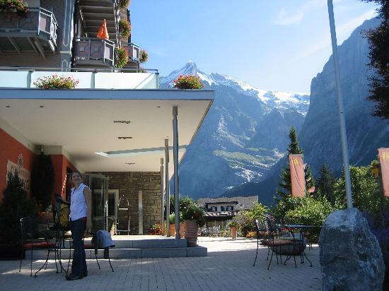 Parkhotel Schoenegg: Front Entrance