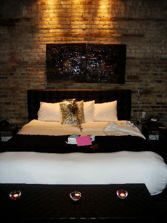 Hotel Metro: King Bed