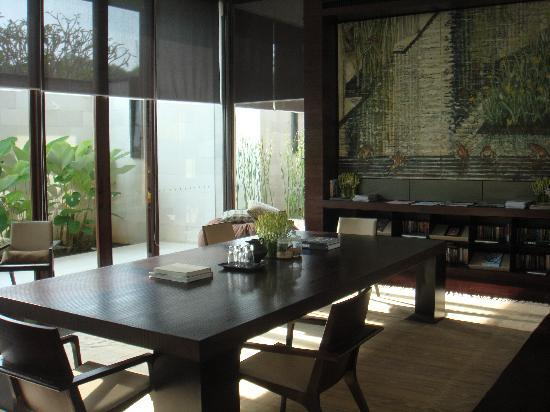Alila Villas Uluwatu: a very zen design at the library