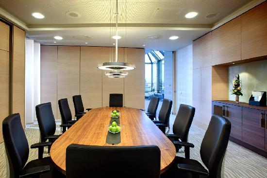 Hilton Mainz: Boardroom