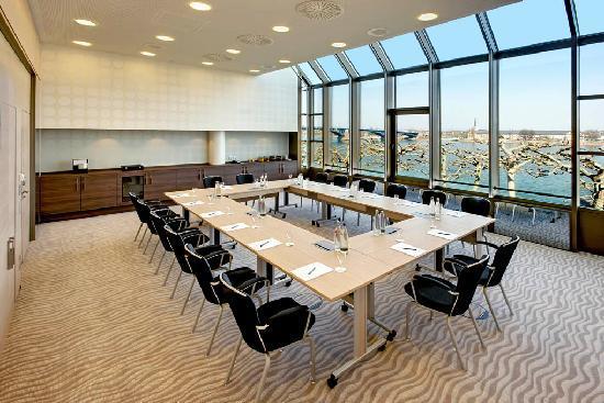 Hilton Mainz: Rheintagungsraum