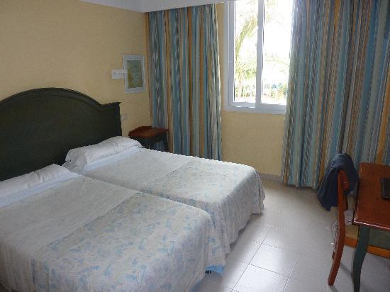 Protur Bonaire Aparthotel: room