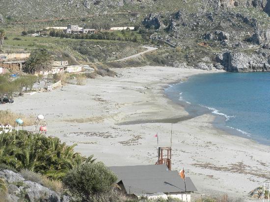 Ifigenia Apartments: Damnoni beach