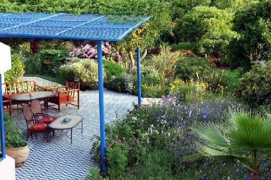 Villa Mandarine: une terrasse en fin d'aprés-midi