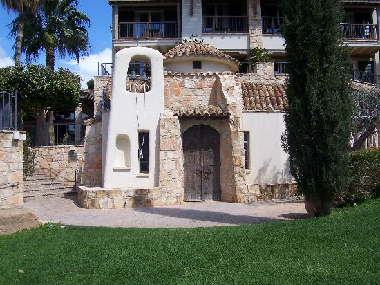 Columbia Beach Resort Pissouri: Church