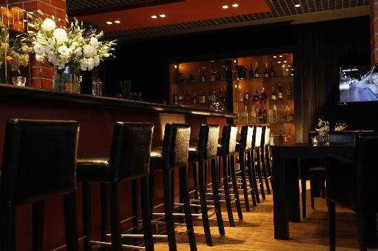 City Park Hotel & Residence: Whisky Bar 88