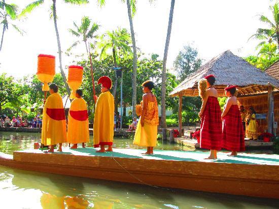 Polynesian Cultural Center: Cultural show