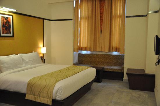 Ghaziabad, India: rooms