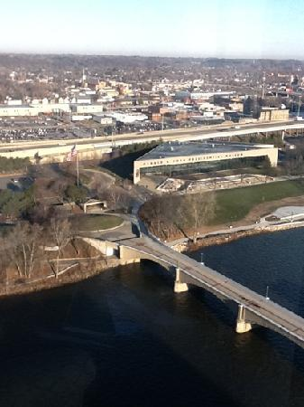 Amway Grand Plaza, Curio Collection by Hilton : Photo of the city of Grand Rapids from the 22nd floor!