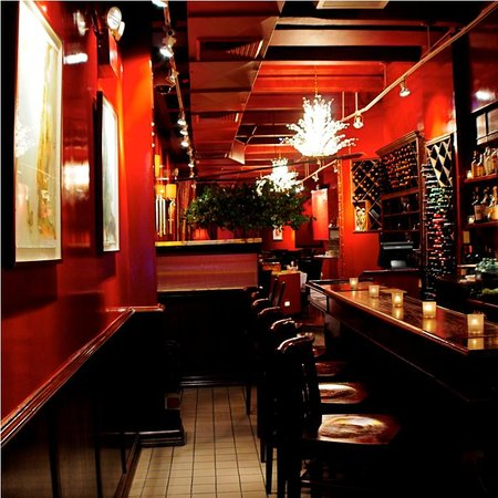 Photo of Italian Restaurant Giorgio's Of Gramercy at 27 E 21st St, New York, NY 10010, United States