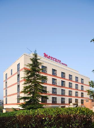 Mercure Cergy Pontoise Centre : Extérieur de l'hôtel