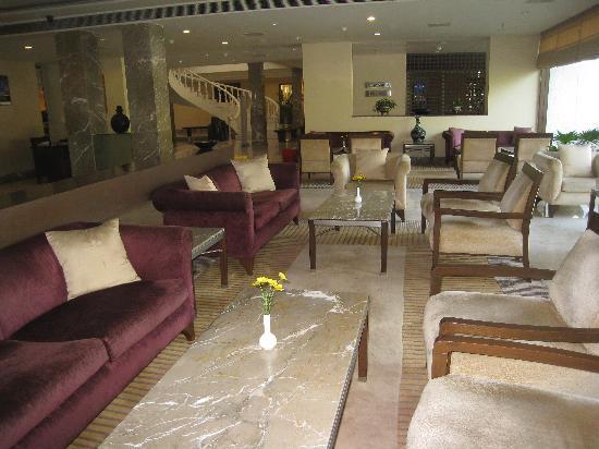โรงแรม เดอะ เรดิสัน แจ๊ส คาจูราโฮ: hall d 'entrée