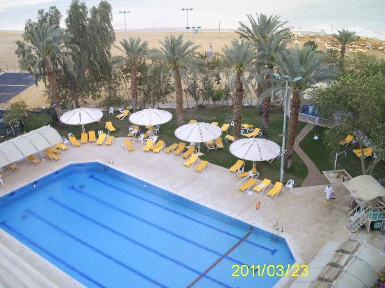 Lot Spa Hotel: Blick vom Balkon auf den Pool