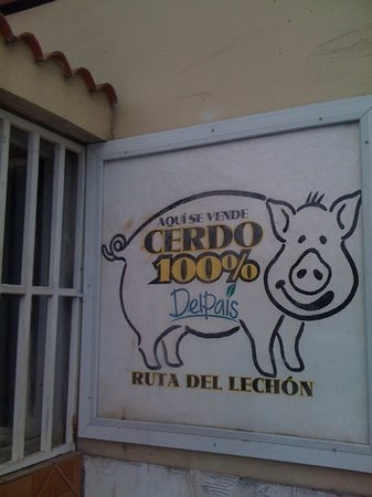 Hatillo, Puerto Rico: roasted pig