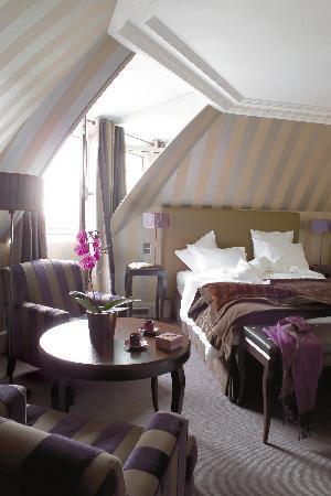 Champs Elysees Plaza Hotel: Executive Room