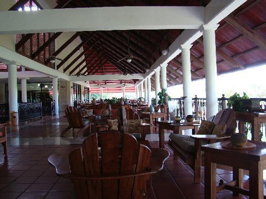 Cocotal Golf & Country Club: golf club - restaurant
