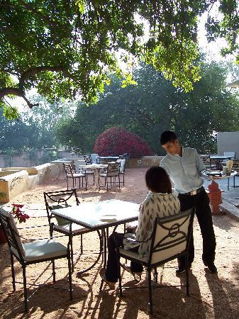Royal Heritage Haveli : Outdoor dining area