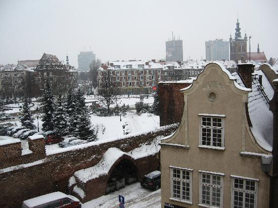 Wolne Miasto Hotel- Old Town Gdansk: The view from my window 3