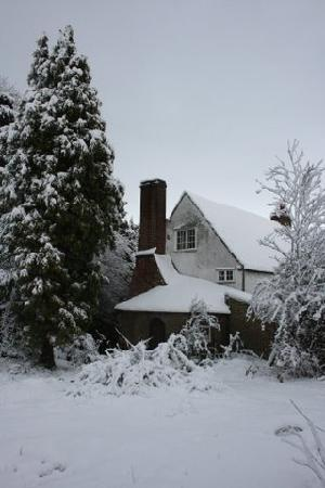 Rocky Hill House Bed and Breakfast: Winter, Rocky Hill House