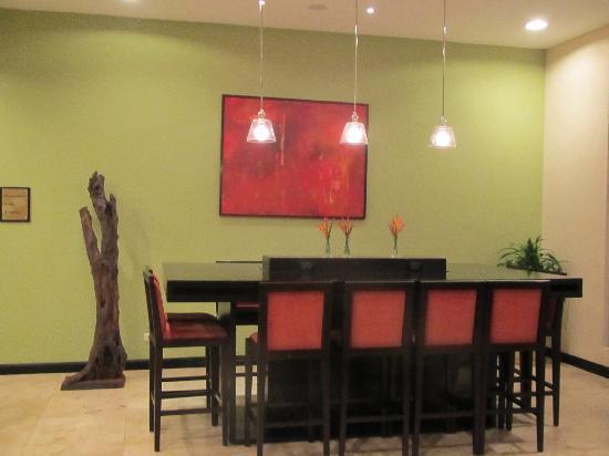 Residence Inn San Jose Escazu: Dining area