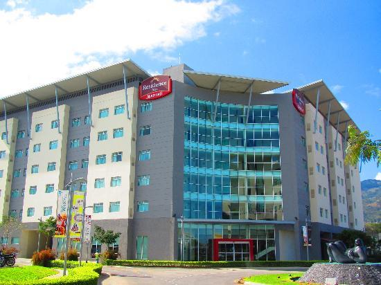 Residence Inn San Jose Escazu: From the outside
