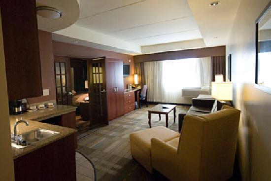 Canad Inns Destination Center Grand Forks: Suite