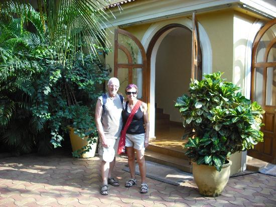 Bougainvillea Guest House Goa: My wife and I at the Guesthouse