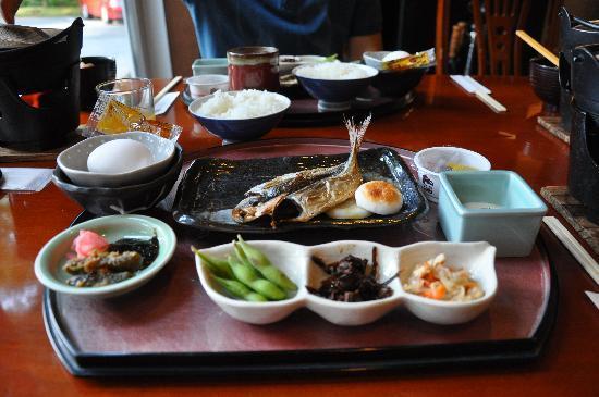 Ashinoko Ichinoyu: breakfast