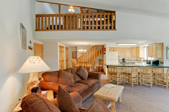 Pine Ridge Condominiums: 2-Bedroom+Loft