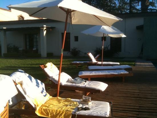Club Tapiz Hotel: by the pool