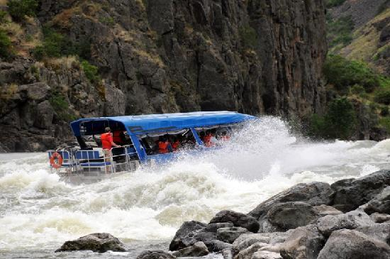 Idaho: Jetboating Hells Canyon