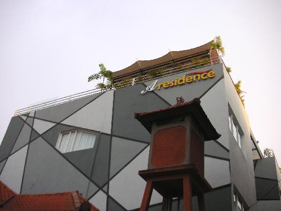 A Residence Kuta: 外観