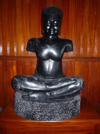 بلوم جاردن جست هاوس: King Jayavarman VII
