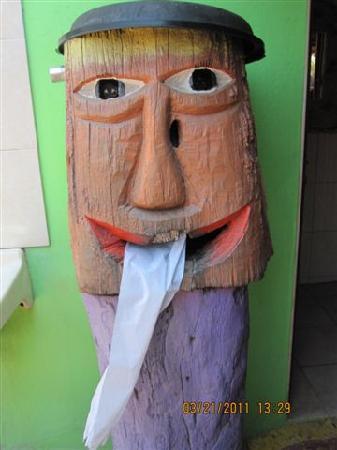 Stone Island (Isla de las Piedras): Good washroom facilities