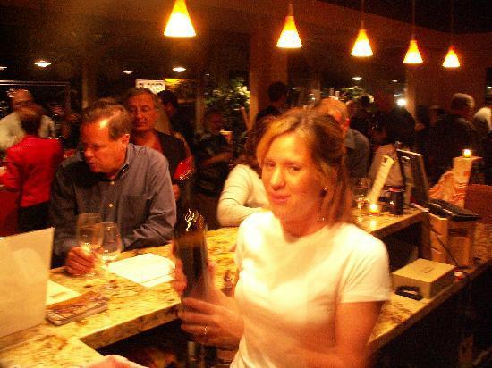 Laguna Canyon Winery: Busy Night
